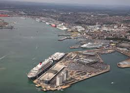 cruise-ships-in-southampton